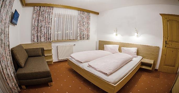 Ferienwohnung 03 Schlafzimmer